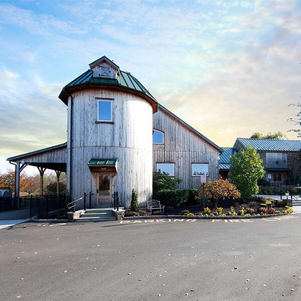 barn restoration and renovation contractors